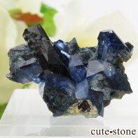 カリフォルニア産 ベニトアイト&ネプチュナイトの母岩付き結晶(原石) 3.8gの画像