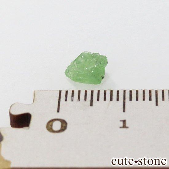 タンザニア産 ツァボライトの結晶(原石) 1.2ctの写真1 cute stone