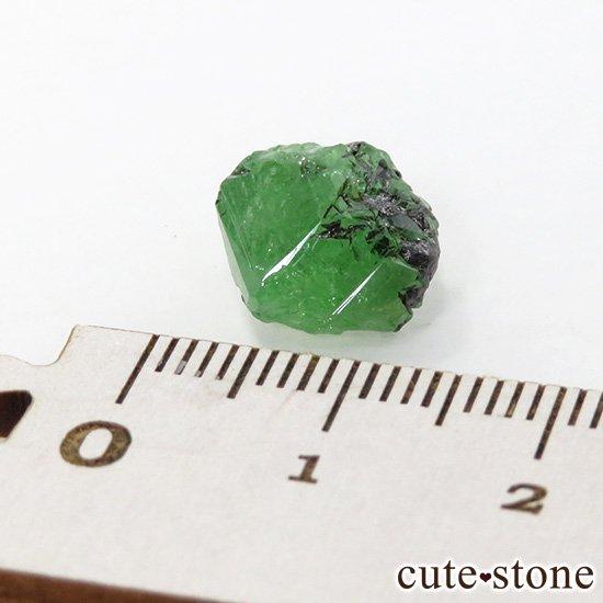 タンザニア産 ツァボライトの結晶(原石) 7.1ctの写真4 cute stone