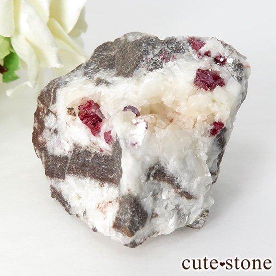辰砂(シンシャ)シナバーの母岩付き原石 63gの写真0 cute stone