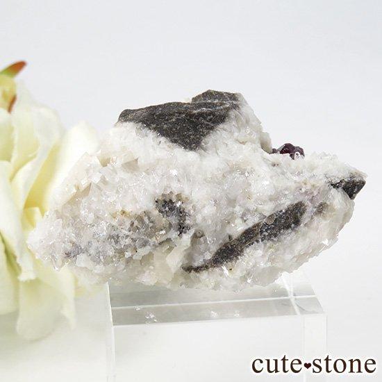 辰砂(シンシャ)シナバーの母岩付き原石 32gの写真0 cute stone