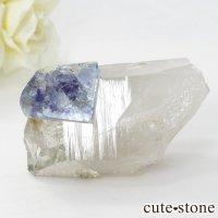 ヤオガンシャン産 フローライト(蛍石) &水晶の共生標本 58gの画像