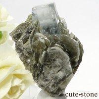 パキスタン産 アクアマリンの母岩付き結晶(原石)25gの画像