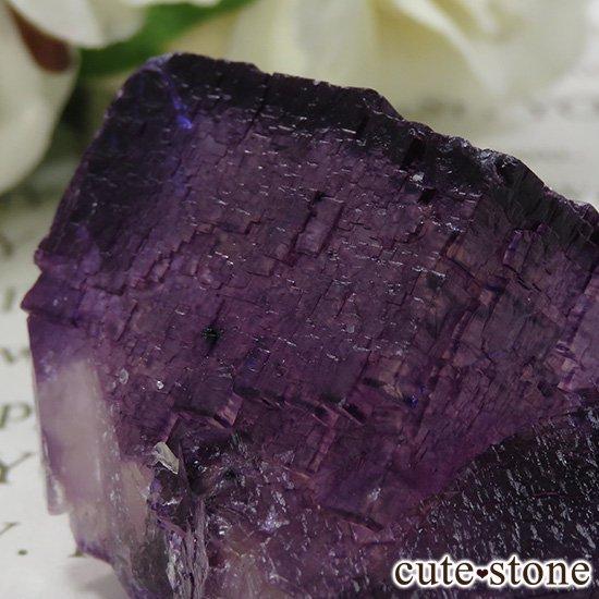 アメリカ エルムウッド鉱山産 パープルレッドフローライトの原石 69gの写真3 cute stone