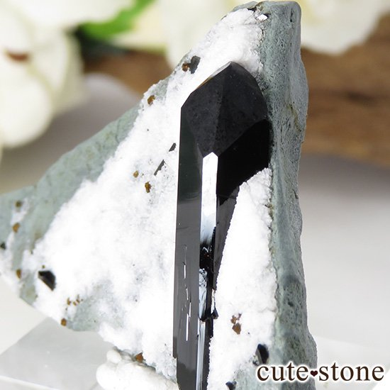 カリフォルニア産 ネプチュナイトの母岩付き結晶(原石) 14gの写真3 cute stone