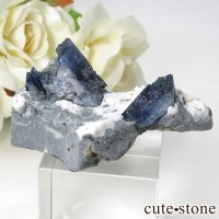 カリフォルニア産 ベニトアイトの母岩付き結晶(原石) 22.5gの画像
