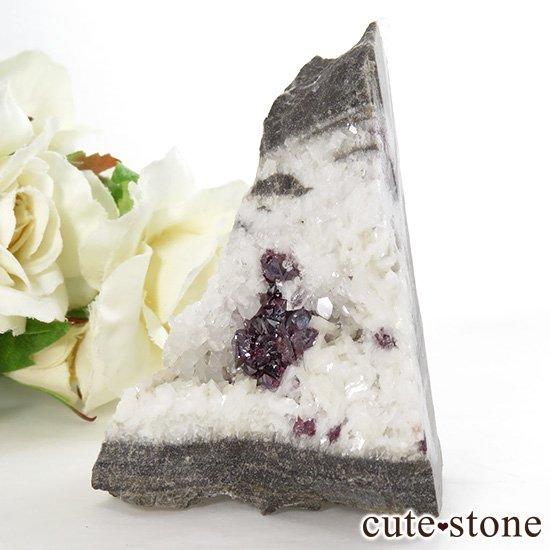 辰砂(シンシャ)シナバーの母岩付き原石 76.2gの写真1 cute stone