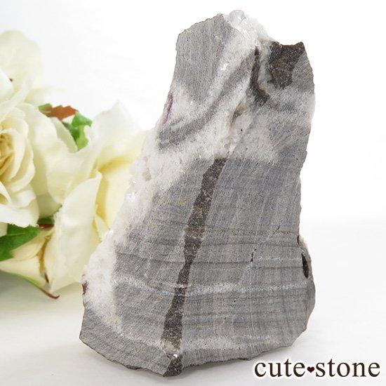 辰砂(シンシャ)シナバーの母岩付き原石 76.2gの写真2 cute stone