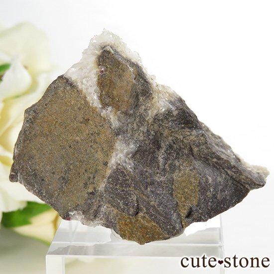 辰砂(シンシャ)シナバーの母岩付き原石 27.7gの写真2 cute stone