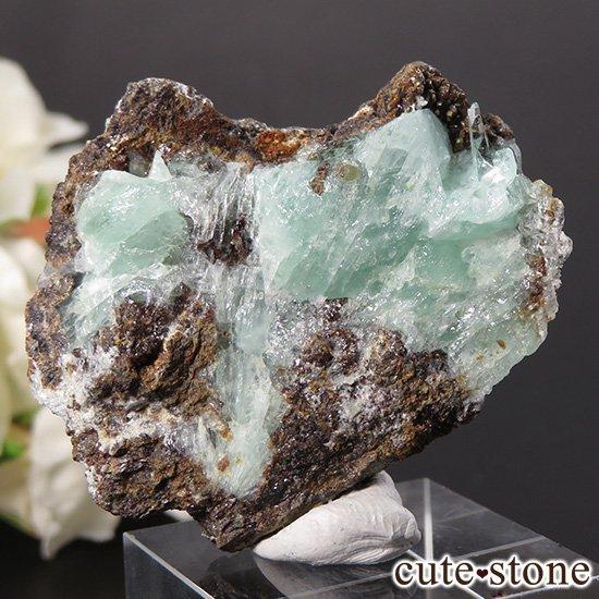 フォスフォフィライトの母岩付き結晶 30gの写真1 cute stone