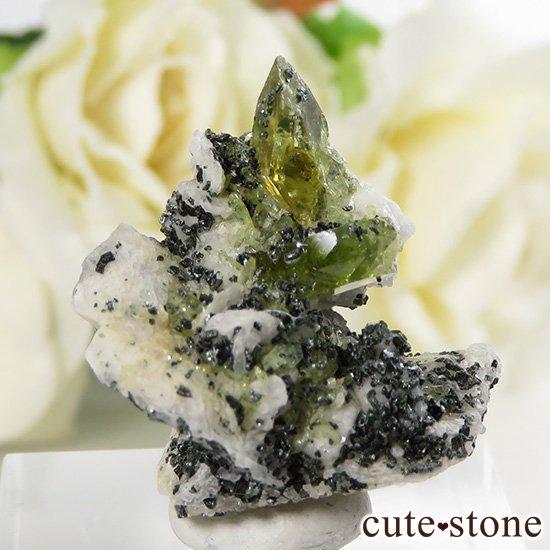 パキスタン スカルドゥ産 スフェーンの母岩付き原石 6.3g
