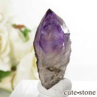 カリフォルニア産 アメジストの単結晶(原石) 3.8gの画像