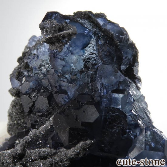 中国 福建省産パープルブルーフローライトの結晶(原石) 139gの写真2 cute stone