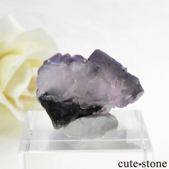 中国 雲南省産 パープル&グレーフローライトの結晶(原石) 9.9gの写真0 cute stone