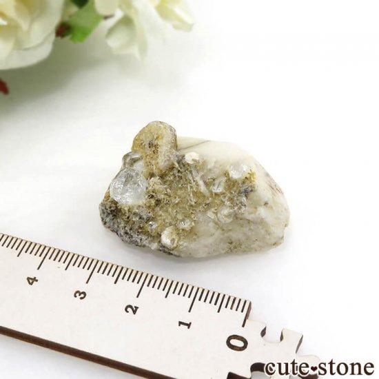 パキスタン スカルドゥ産 ホワイトトパーズの母岩付き結晶(原石)17.9gの写真5 cute stone