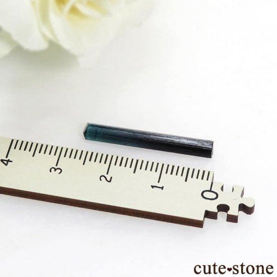 アフガニスタン産 インディゴライト(ブルートルマリン)の結晶(原石)3.3ctの写真2 cute stone