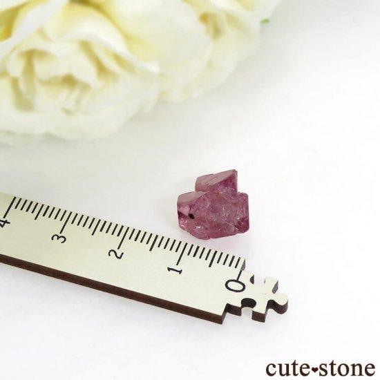 ミャンマー モゴク産 ピンクスピネルの結晶(原石)10.4ctの写真2 cute stone