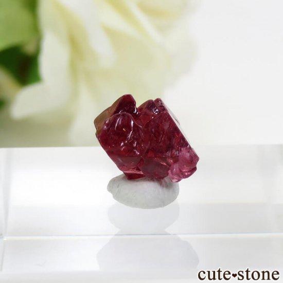 ミャンマー モゴク産 レッドスピネルの結晶(原石)3.8ct
