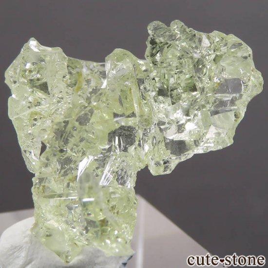 ブラジル産 エッチング(蝕像)ヘリオドールの結晶(原石) 2.7gの写真2 cute stone