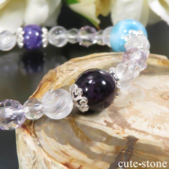 【癒しのリング】 ラリマー チャロアイト スギライト ラベンダーアメジスト ミルキークォーツ 水晶のブレスレットの写真3 cute stone