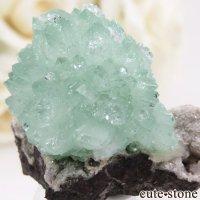 インド Wagholi Quarries産 グリーンアポフィライトの原石 21.6gの画像