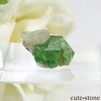 タンザニア産 ツァボライト&カルサイトの結晶(原石) 7.3ctの画像