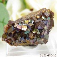天川村レインボーガーネットの母岩付き結晶(原石) 24.4g の画像