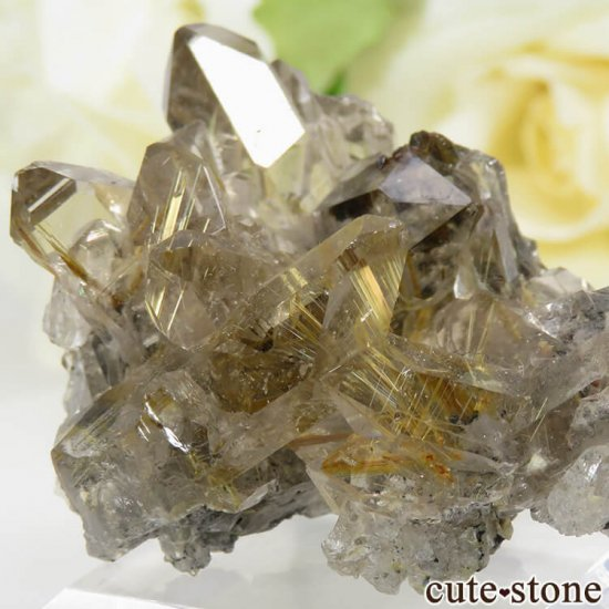 ブラジル バイーア州産 ルチルインクォーツの原石(クラスター)20.5gの写真2 cute stone