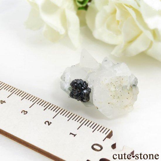 パキスタン スカルドゥ産 アイアンローズ(ヘマタイト)&カルサイトの原石の写真2 cute stone