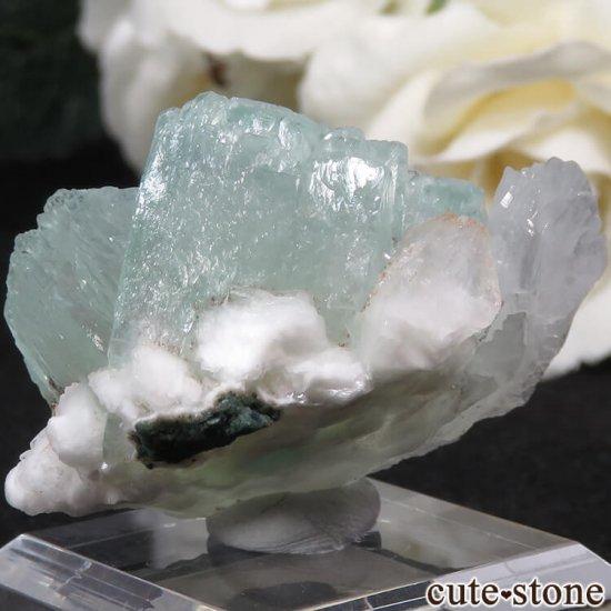 インド Nashik産 グリーンアポフィライト&スティルバイト&ヒューランダイトの原石 22gの写真1 cute stone