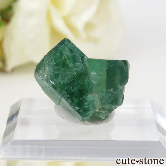 イングランド ロジャリー鉱山産 蛍光フローライトの結晶(原石)4.1g