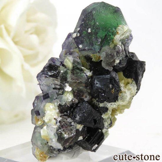 ナミビア エロンゴ産 グリーンフローライト&ブラックトルマリンの原石 27gの写真2 cute stone