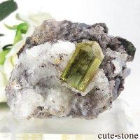 メキシコ産 フルオロアパタイト&ハイアライトの母岩付き結晶(原石)100gの画像
