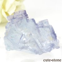 ヤオガンシャン産 ブルーフローライトの結晶(原石)28gの画像