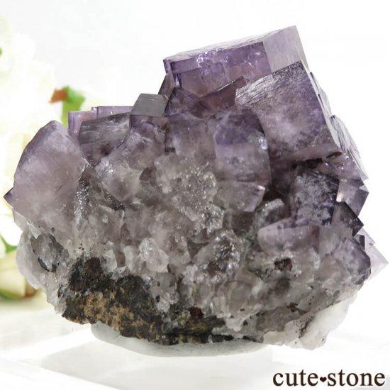 イングランド(イギリス) グリーンローズ産のパープルフローライトの原石 107gの写真3 cute stone