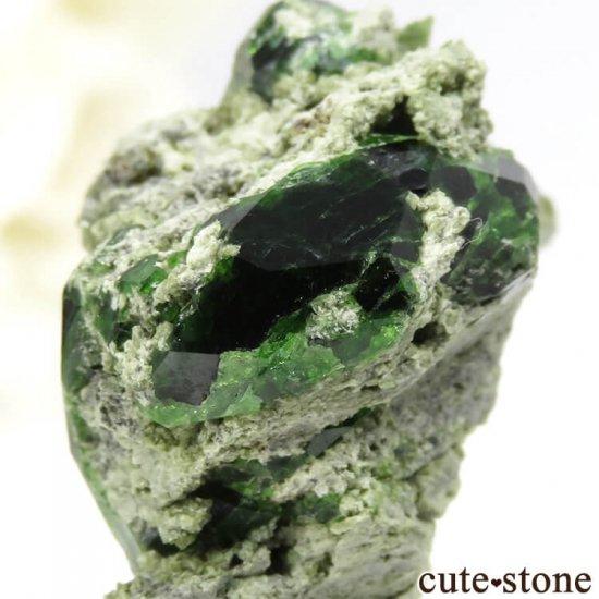 イラン Belqeys Mountain産のデマントイドガーネットの母岩付き原石 7.3gの写真4 cute stone