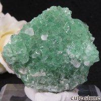 スペイン産グリーンフローライトの母岩付き結晶(原石)27gの画像
