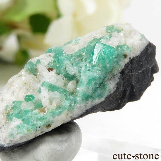 コロンビア Chivor Mine産 エメラルドの母岩付き結晶(原石)6.4gの写真0 cute stone