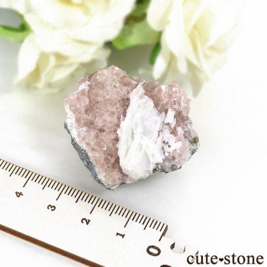 ペルー Huanzala Mine産 ピンクフローライト&パイライト 45gの写真5 cute stone