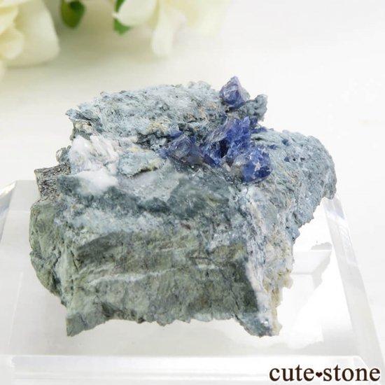 カリフォルニア産 ベニトアイトの母岩付き結晶(原石) 11.6gの写真2 cute stone