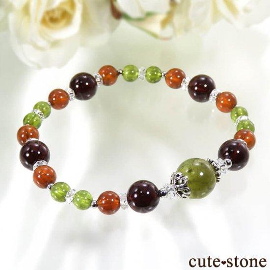 【冬隣】 グリーンガーネット、ヘソナイト、ガーネットのブレスレットの写真0 cute stone