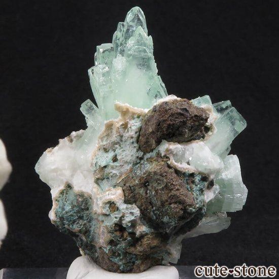 インド プネー産 グリーンアポフィライトの原石 27.5gの写真1 cute stone