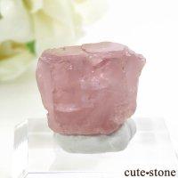 パキスタン フンザ産 ピンクアパタイトの結晶(原石) 8gの画像