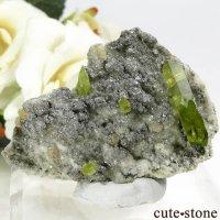 パキスタン Tormiq valley産 スフェーンの母岩付き原石 28gの画像