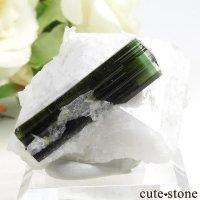 パキスタン スカルドゥ産 グリーントルマリンの母岩付き結晶(原石) 18gの画像