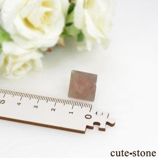 中国 内モンゴル産のピンクフローライトの結晶(原石)6g (2)の写真4 cute stone