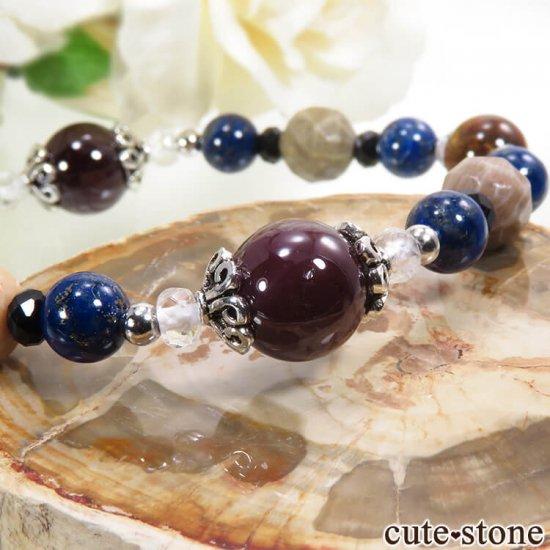 【AZZURRO E MARRONE】 スターガーネット、ピーターサイト、フォシルコーラル、ラピスラズリ、ブラックスピネル、水晶のブレスレットの写真1 cute stone