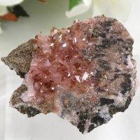 南アフリカ N'Chwaning I Mine産 ロードクロサイトの母岩付き結晶(原石)10.3gの画像