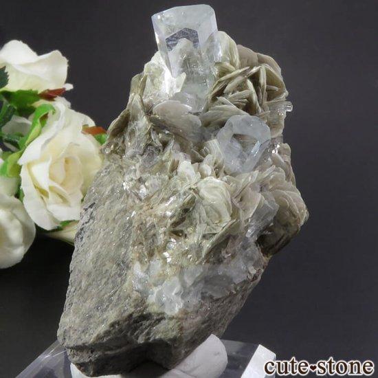 パキスタン産 アクアマリンの母岩付き結晶(原石) 206gの写真0 cute stone