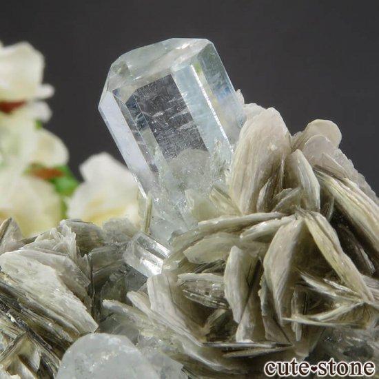 パキスタン産 アクアマリンの母岩付き結晶(原石) 206gの写真3 cute stone